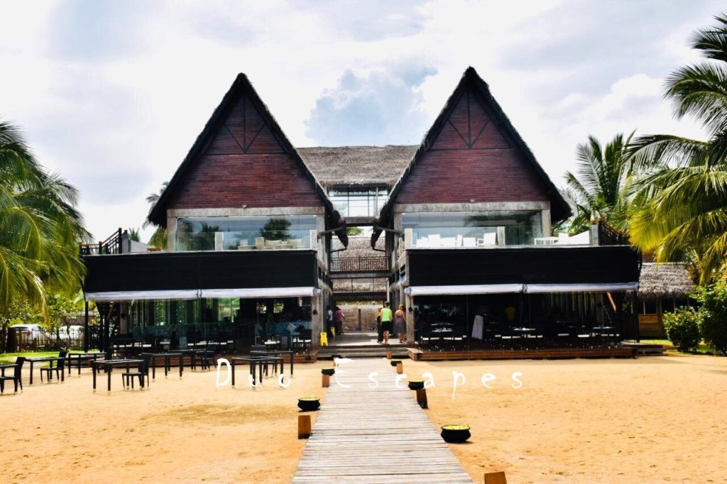 Surprising the Lady with An Unexpected Getaway – Maalu Maalu Resort Review